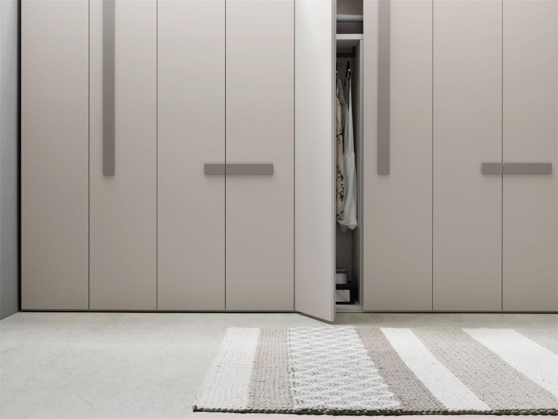Line hinged door - Kleiderschränke mit Flügeltüren, Programm ...